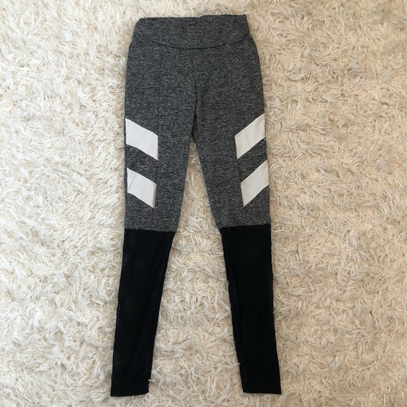 fa8015ec8d41f SHEIN Pants   Workout Leggings   Poshmark
